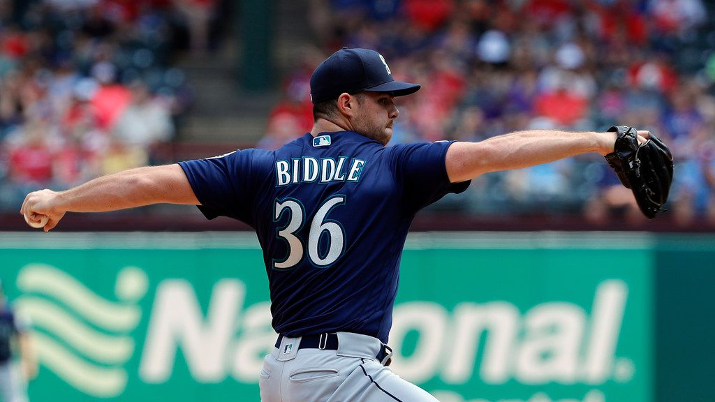 Seattle Mariners' Jesse Biddle (36) works against the Texas Rangers during a baseball game in Arlington, Texas, Wednesday, May 22, 2019. (AP Photo/Tony Gutierrez)