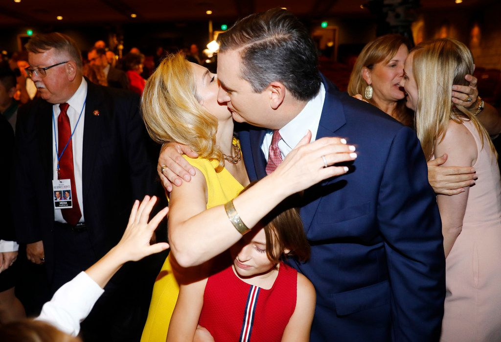 Sen. Ted Cruz (R-TX) gives a kiss to his wife  Heidi after a debate with Rep. Beto O'Rourke (D-TX) at McFarlin Auditorium at SMU in Dallas, on  Friday, September 21, 2018. (Tom Fox/The Dallas Morning News/Pool)