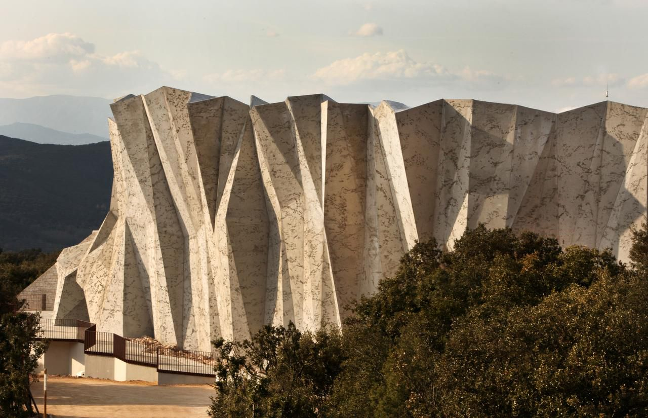 The $60 million Caverne du Pont D'arc lets visitors view the Chauvet drawings in as authentic an environment as possible, without endangering the original drawings.