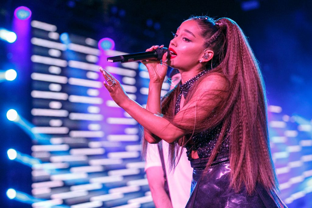 Ariana Grande se presentará el lunes 9 de diciembre en el American Airlines Center.  (Rich Polk/Getty Images for iHeartMedia )