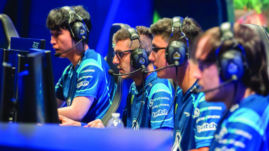 Team Envy playing at the League of Legends Championship Series (LCS).