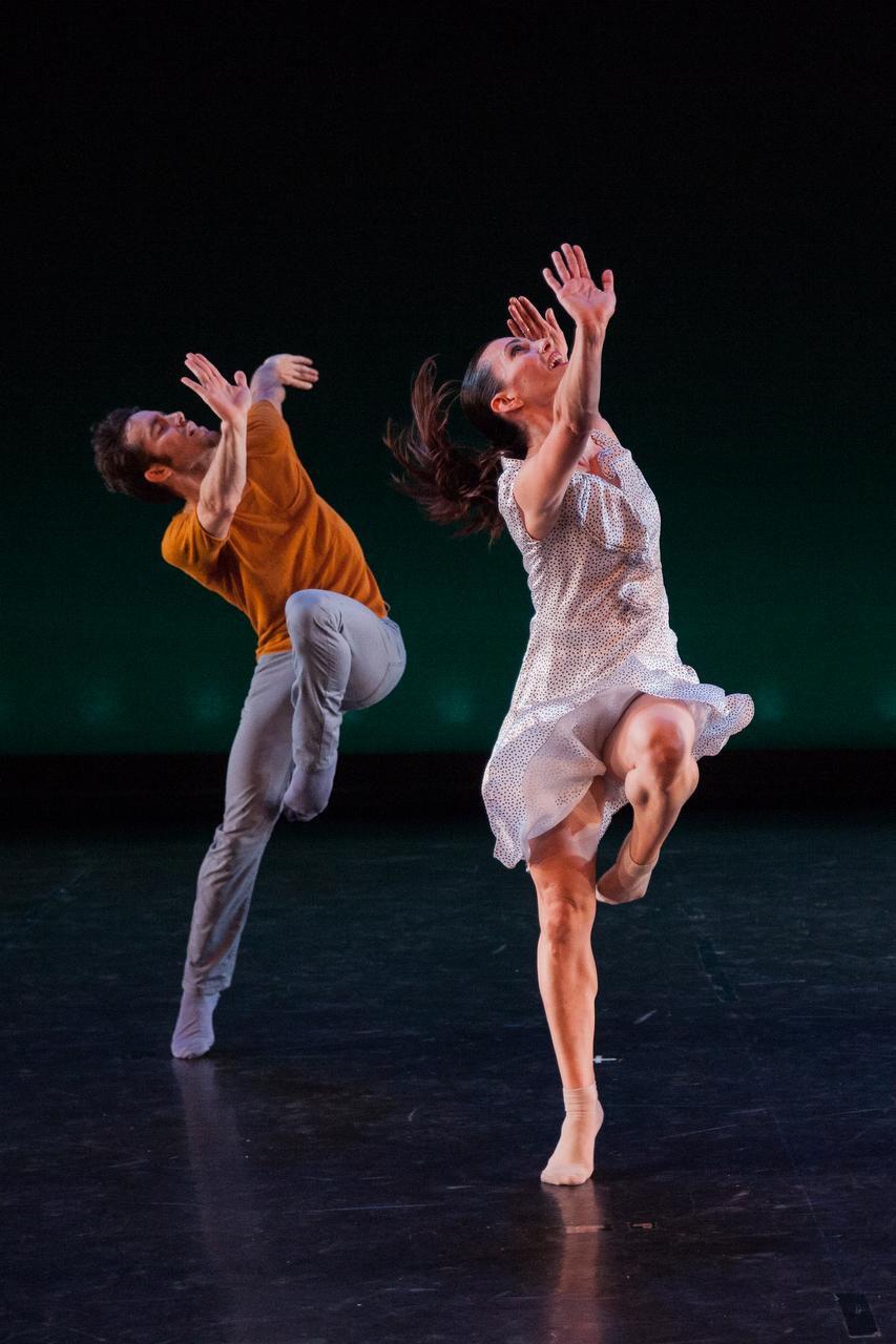 Bodytraffic's Guzmán Rosado and Tina Finkelman  Berkett perform in Richard Siegal's O2joy.