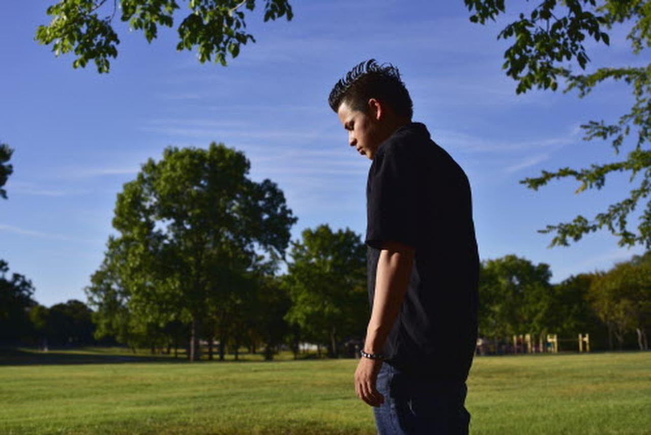 Antonio, de 18 años, llegó desde El Salvador como un menor no acompañado cuando tenía 16 años.(ESPECIAL PARA AL DÍA /BEN TORRES)
