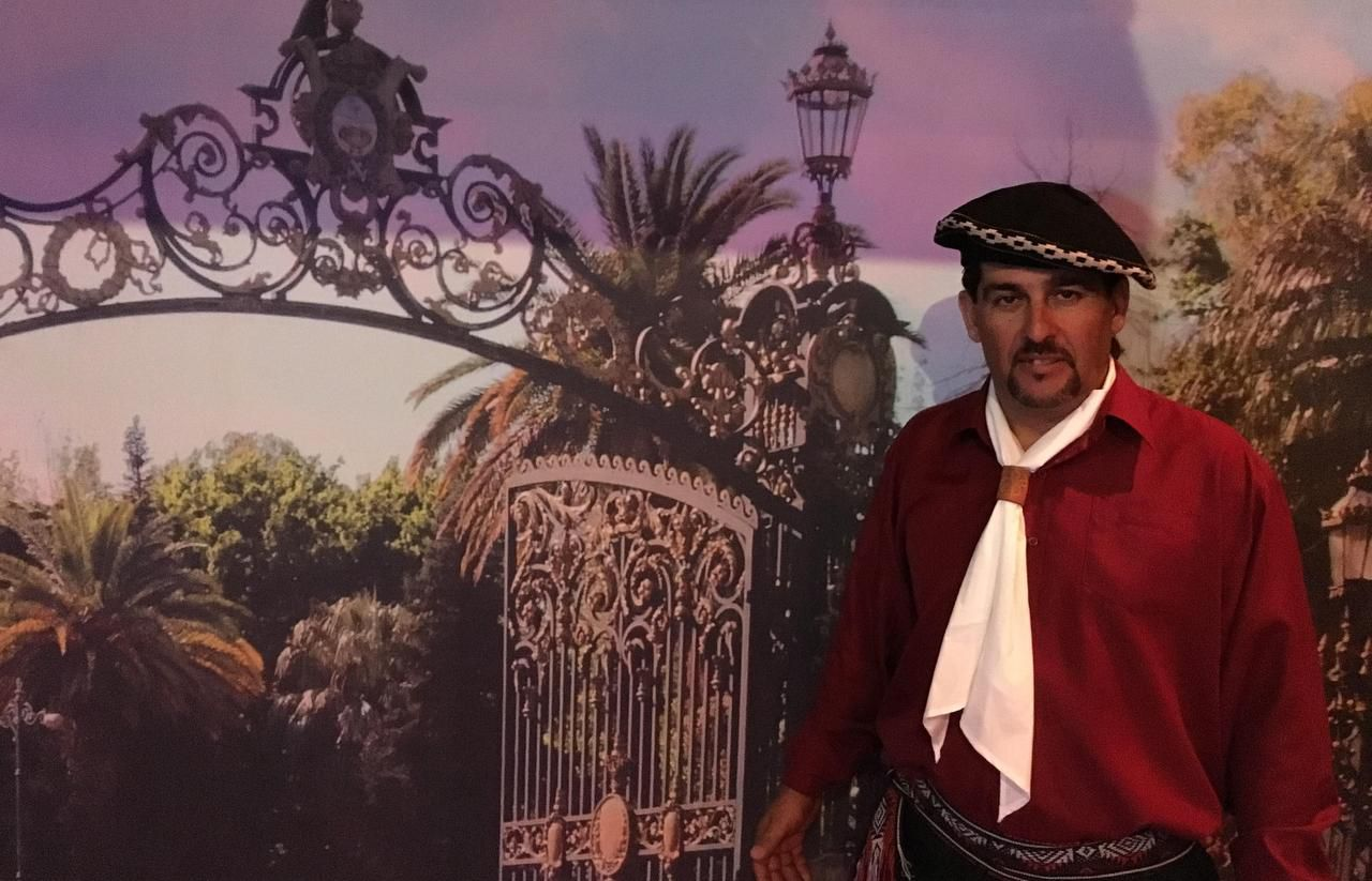 Jorge Oviedo, dueño de Gates of Texas Argentinian Café, Grill & Bar, un nuevo restaurante argentino en Pilot Point. (AL DÍA/KARINA RAMÍREZ)