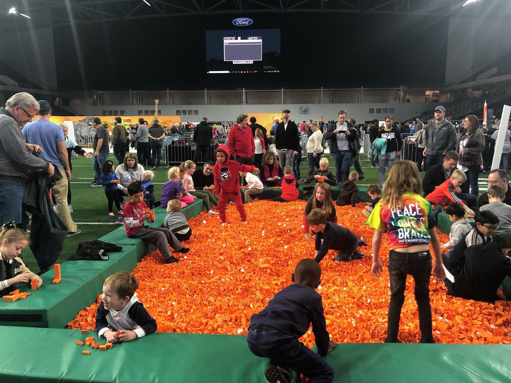 BrickLive USA, evento mundial de LEGO, se realizó este fin de semana en The Star en Frisco. Foto de Crishtbel Mora para Al Día