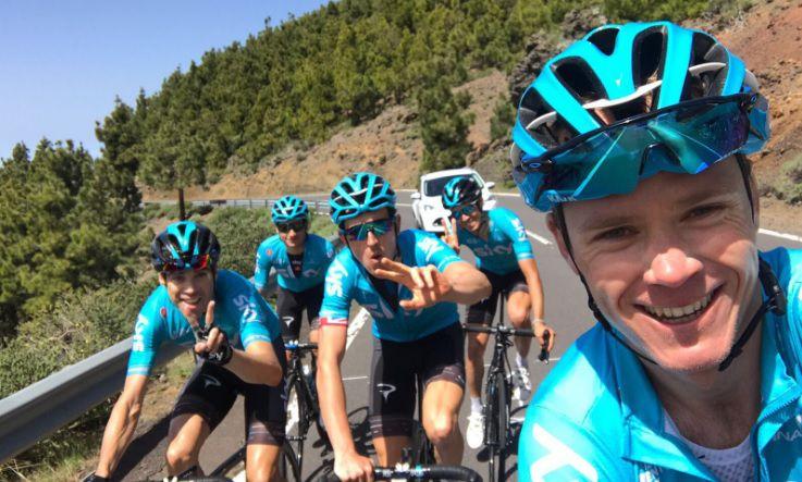 El ciclista Chris Froome fue atropellado mientras practicaba la mañana del martes. Foto del Twitter de Froome