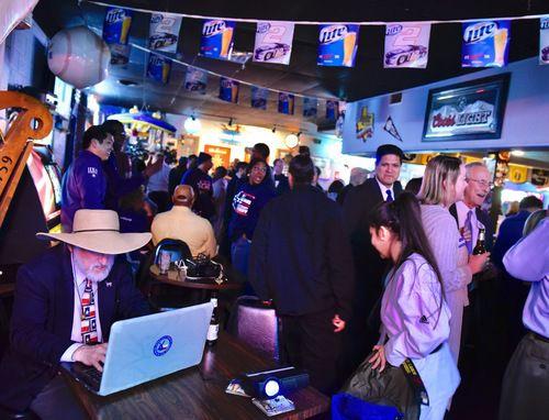 Varios candidatos latinos se consolidaron en las primarias del martes pasado. BEN TORRES/ESPECIAL PARA AL DÍA