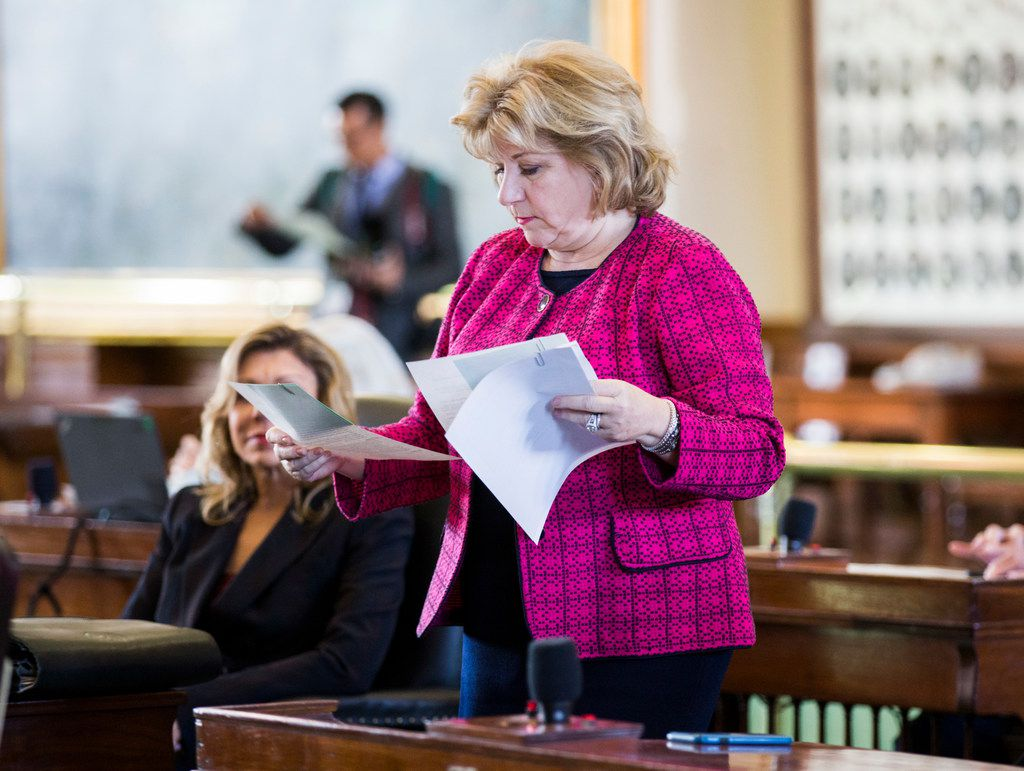 Senator Jane Nelson looks over documents on the second day of the 86th Texas legislature on Wednesday, January 9, 2019 at the Texas state capital in Austin, Texas. (Ashley Landis/The Dallas Morning News)