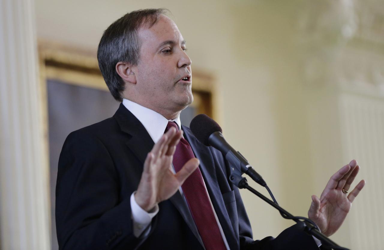 El procurador de Texas, Ken Paxton, dio dos días de plazo a la Quinta Corte de Apelaciones para que levante el bloqueo parcial de la SB4.