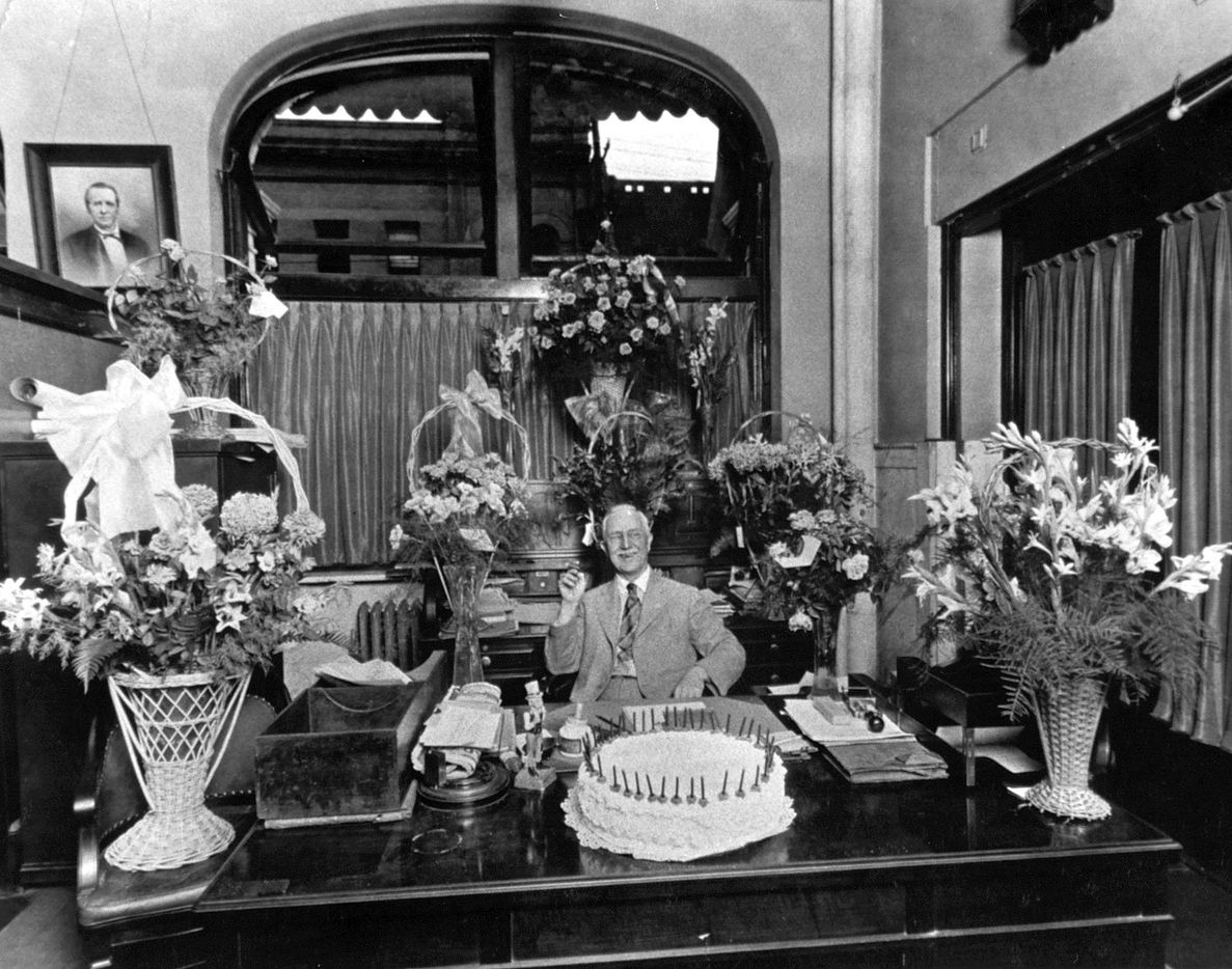 G. B. Dealey in his office, celebrating the 40th anniversary of The Dallas Morning News, October 1, 1925.