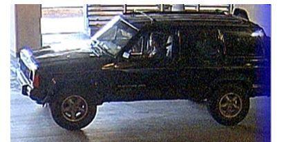 Este el Jeep que busca la policía de Dallas con relación al asesinato de una mujer en un estacionamiento de Uptown. (DPD/CORTESÍA)