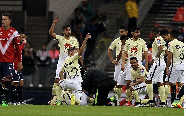 El defensa Paul Aguilar se pierde el resto del Apertura 2016 y el Mundial de Clubes, pudiendo estar regresando en abril del próximo año. AGENCIA REFORMA