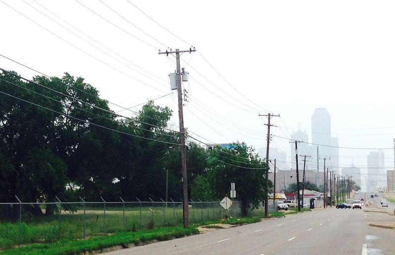 Toll Brothers plans to build more than 200 apartments on West Commerce Street west of downtown Dallas.