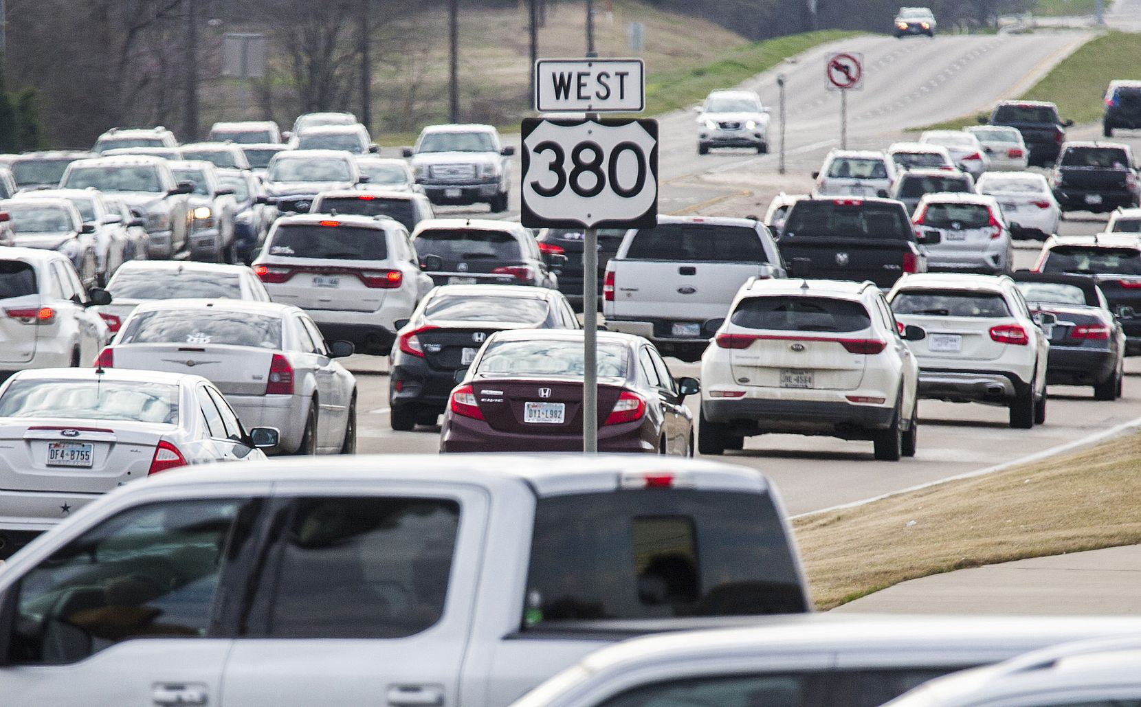 Traffic backs up at evening rush hour on U.S. Highway 380 near Lake Forest Drive in McKinney this spring. The Texas Department of Transportation unveil its recommendation for a new and improved Highway 380 on Monday.