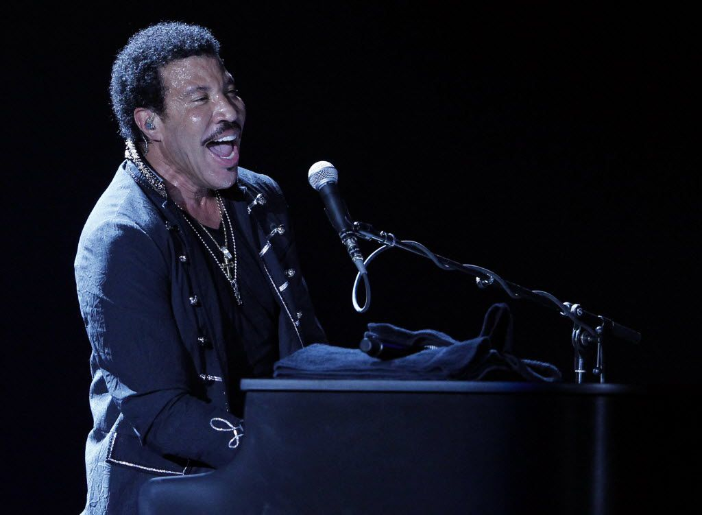 Lionel Richie performs at Kaaboo Texas, a first-year festival in Arlington, this spring.