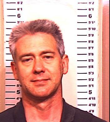 Jon Gerrit Warnshuis in a 2001 booking photo.