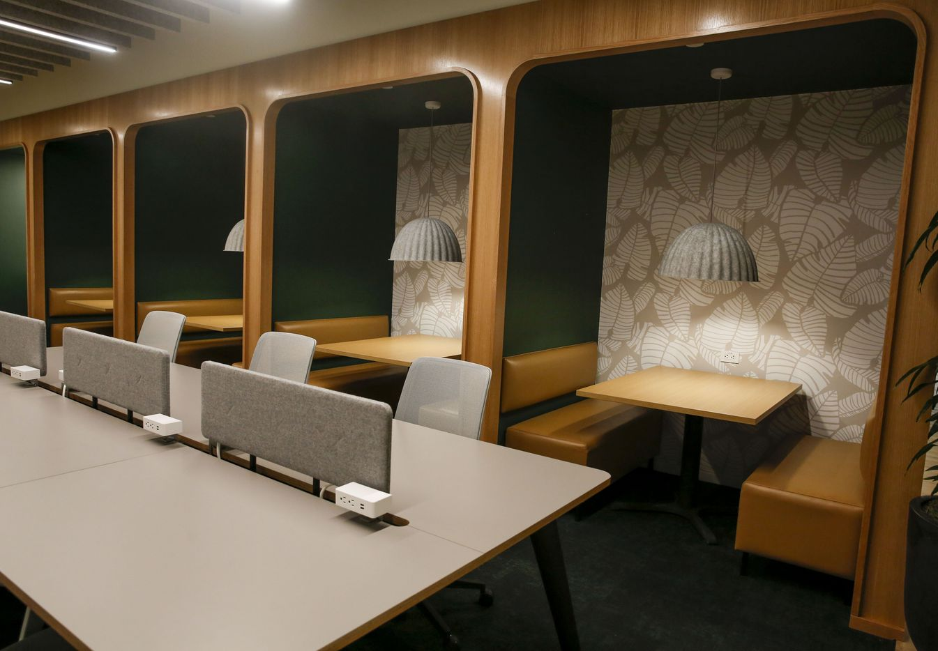 There are many different styles of co-working spaces at Hana.
