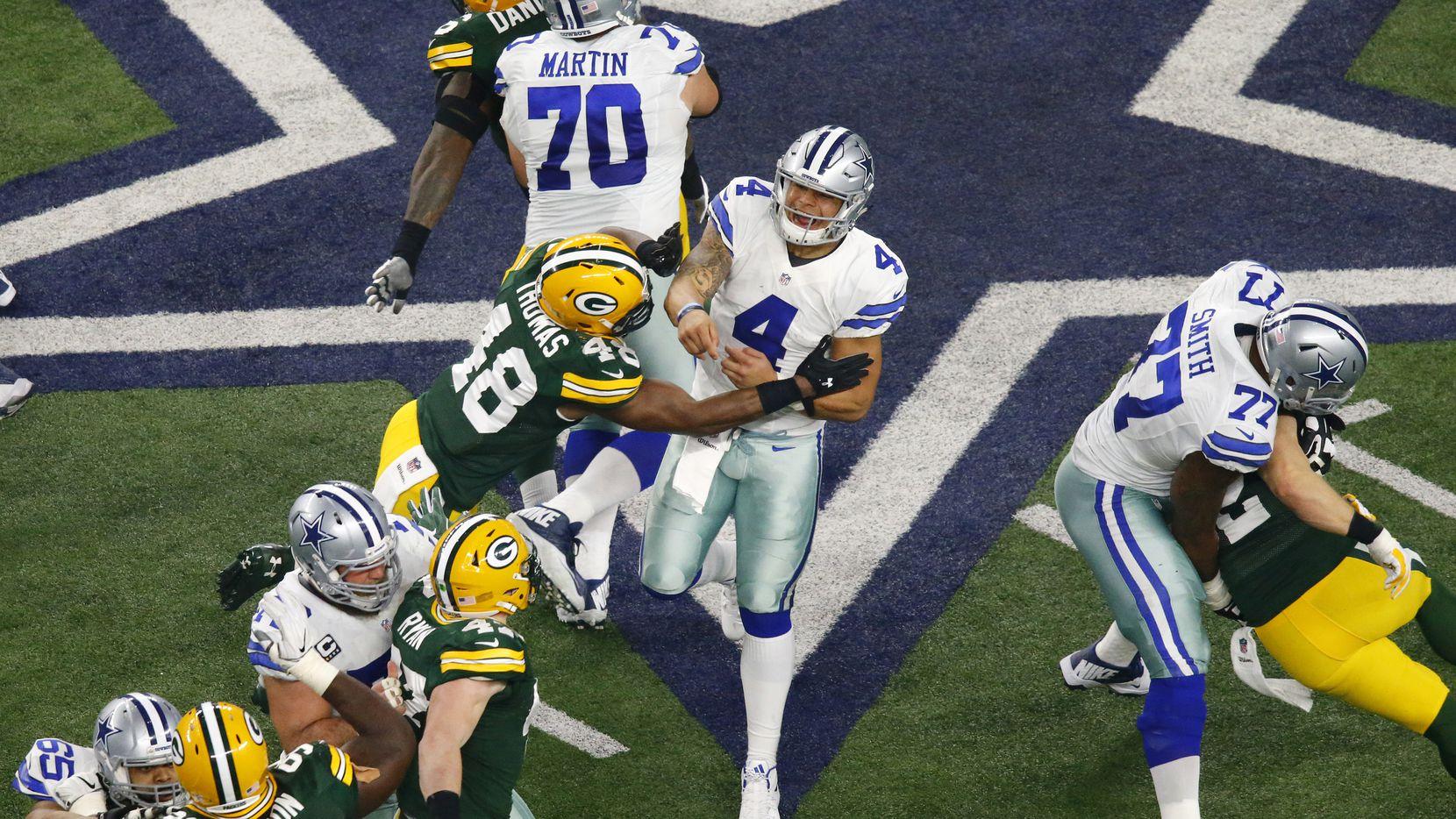 Dak Prescott (4) y los Cowboys reciben a Aaron Rodgers y los Green Bay Packers el domingo en Arlington
