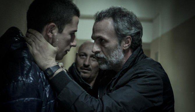 """Giussepe Fumo y Fabrizio Ferracane, padre e hijo en """"Black Souls"""". (VITAGRAPH FILMS/CORTESÍA)"""