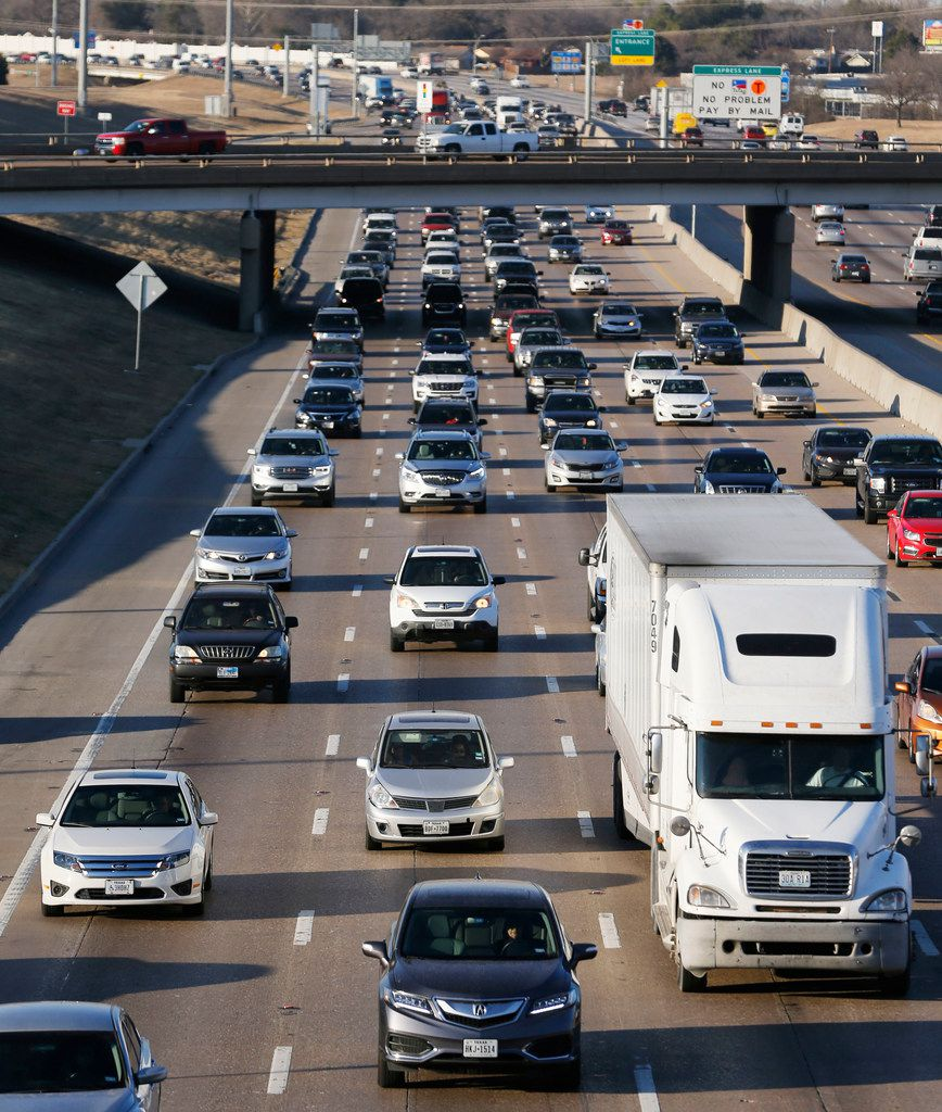 LBJ traffic heading eastbound toward I-30 near the Galloway Avenue intersection in Mesquite, Texas on Wednesday, January 24, 2018. A $1.8 billion project to improve LBJ Freeway from Central to I-30 is on hold after being delayed by the Texas Transportation Commission in Austin on Thursday. (Vernon Bryant/The Dallas Morning News)