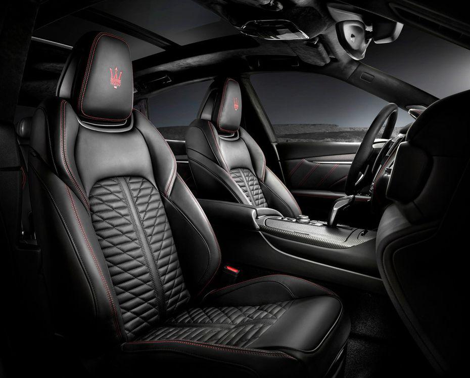 The Maserati Levante Trofeo (V8) interior.