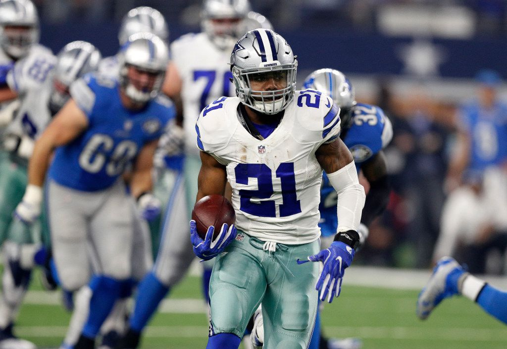 Dallas Cowboys' Ezekiel Elliott (21) breaks away for a long run against the Detroit Lions during an NFL football game, Monday, Dec. 26, 2016, in Arlington, Texas. (AP Photo/Brandon Wade)