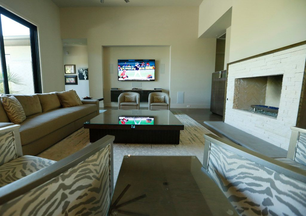 The living area of Scott and Erin Calaway's home. (Ron Baselice/The Dallas Morning News)