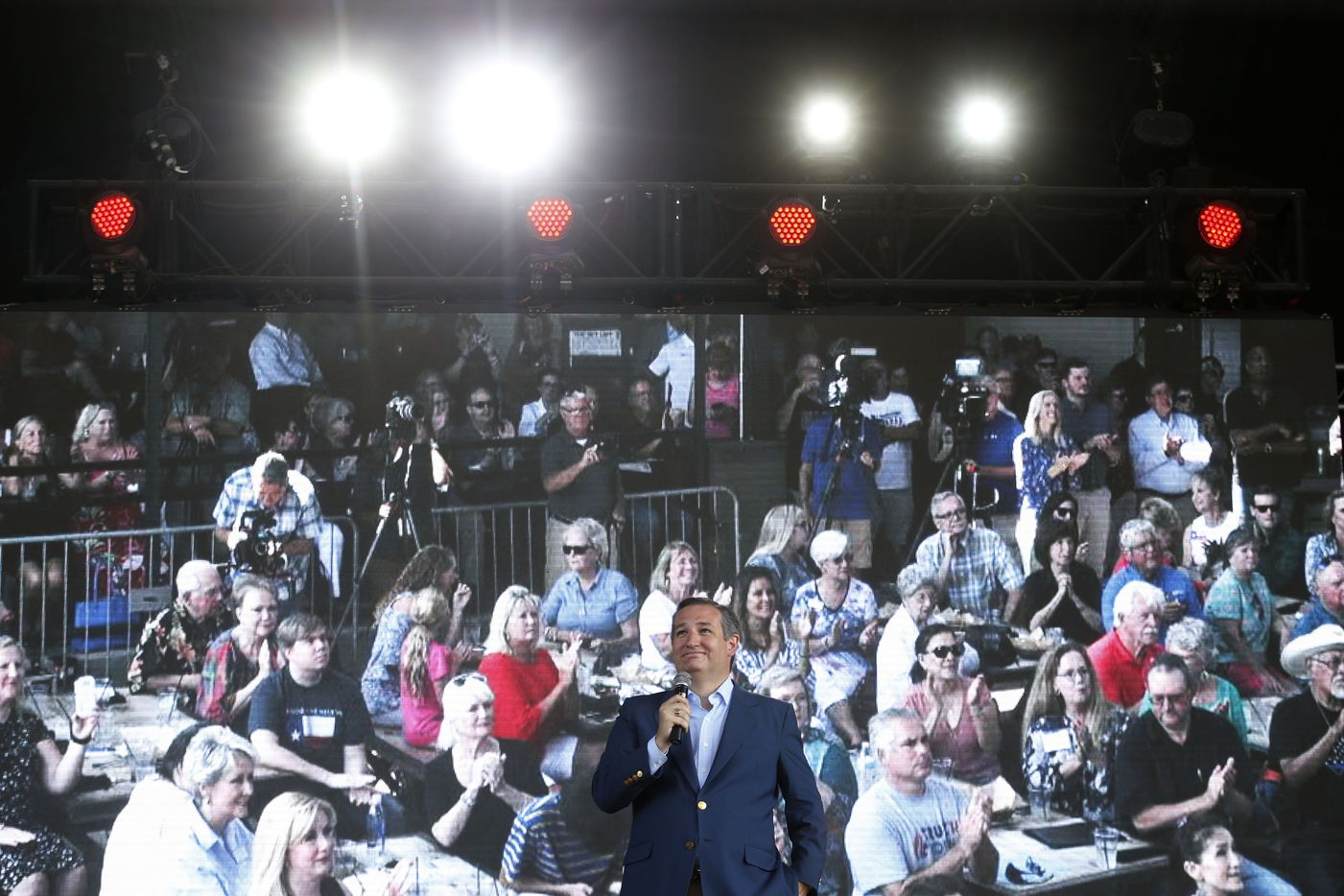 Senator Ted Cruz gives an election speech at Lava Cantina in The Colony, Texas on Aug. 27, 2018.