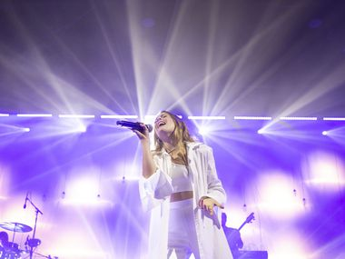 Maggie Rogers performs at The Bomb Factory in Dallas on Friday, Oct. 18, 2019.
