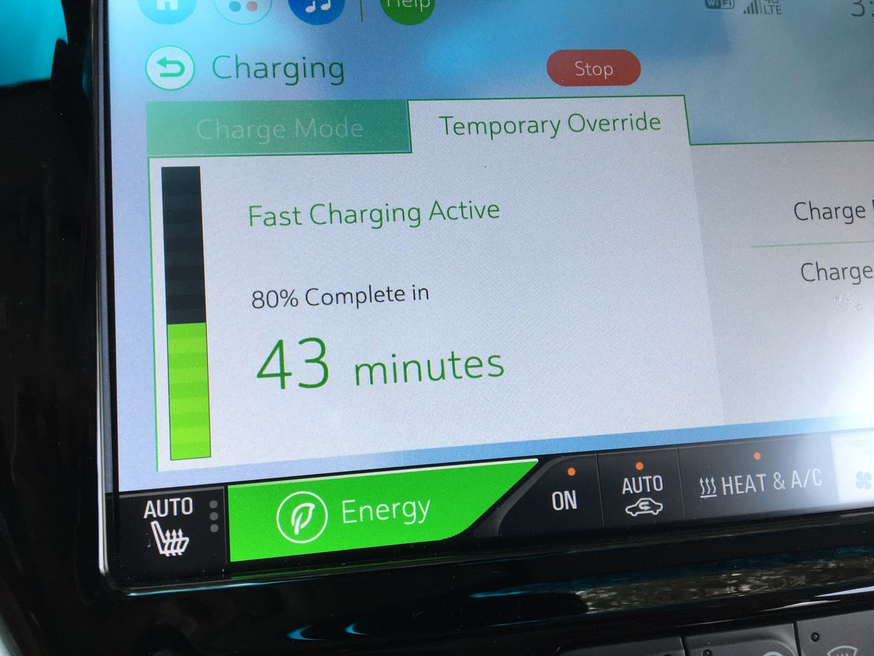The Bolt EV's charge status screen