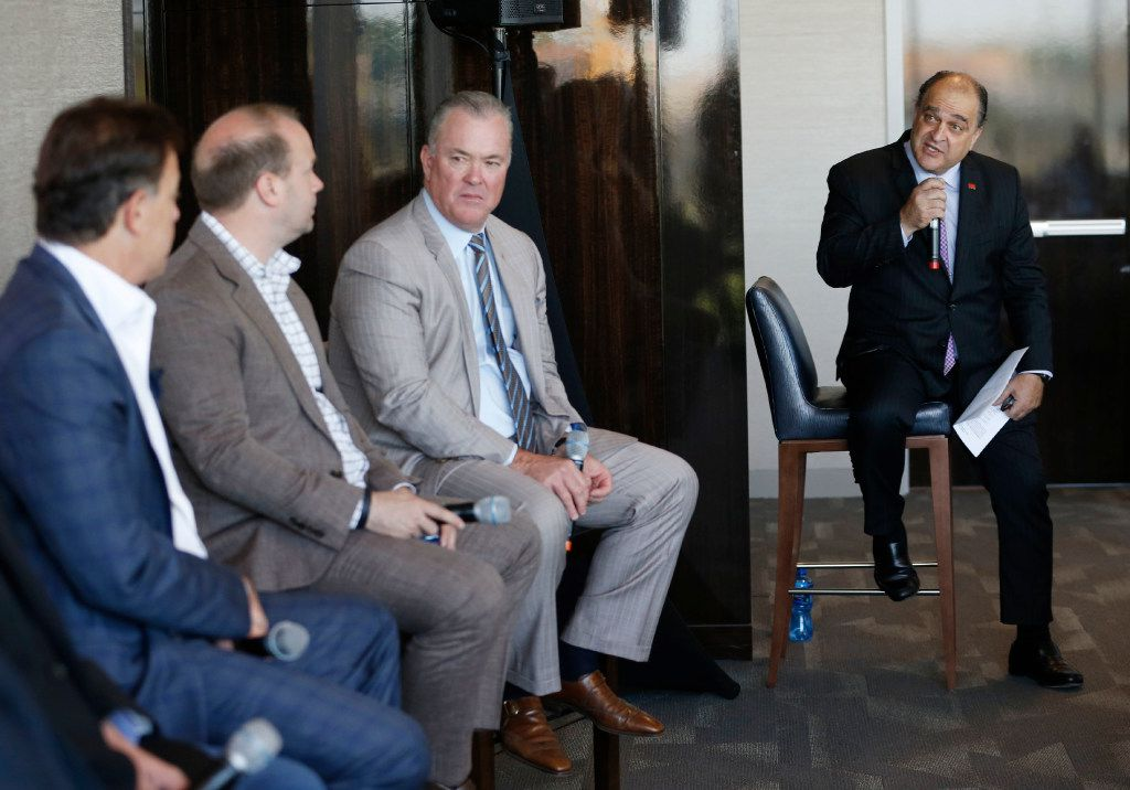 City of Frisco Mayor Maher Maso asks a question of the panel at the U.S. Conference of Mayors Professional Sports Alliance at The Star in Frisco, on April 7. (Vernon Bryant/The Dallas Morning News)