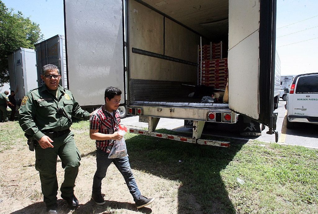 17 immigrants found inside locked 18-wheeler at Texas truck stop