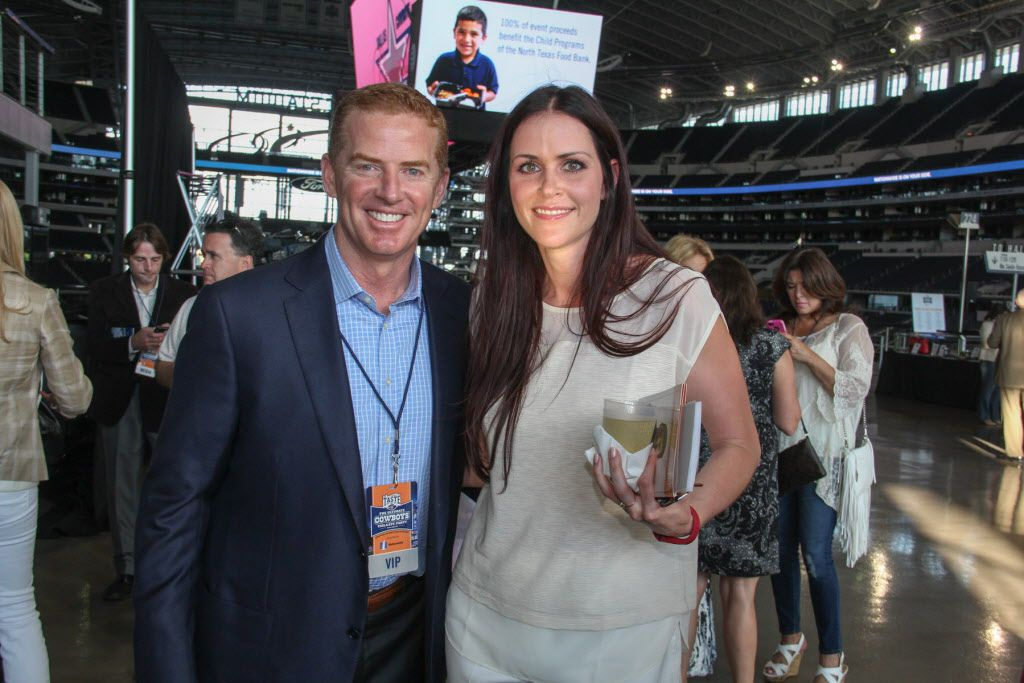 Dallas Cowboys head coach Jason Garrett with Claire Kinzy at Taste of the NFL