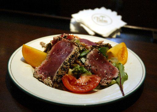 Here's a look back at the ahi tuna salad at the Palm Restaurant, as it was served in 2004.