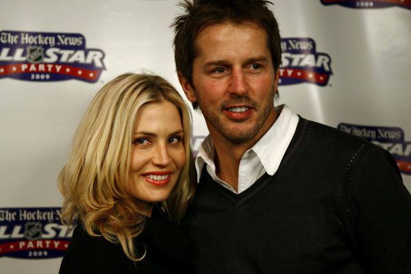 Mike Modano and Willa Ford
