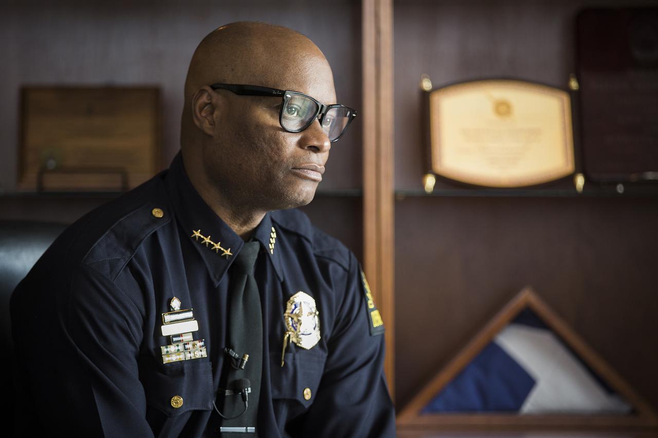 El jefe de policía de Dallas, David Brown, anunció un plan que reasignaría a agentes para combatir los crímenes violentos en la ciudad. (DMN/Smiley N. Pool)