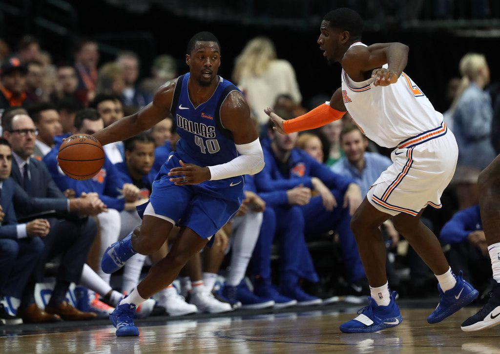 DALLAS, TEXAS - NOVEMBER 02:  Harrison Barnes #40 of the Dallas Mavericks dribbles the ball against Damyean Dotson #21 of the New York Knicks at American Airlines Center on November 02, 2018 in Dallas, Texas. (Photo by Ronald Martinez/Getty Images)
