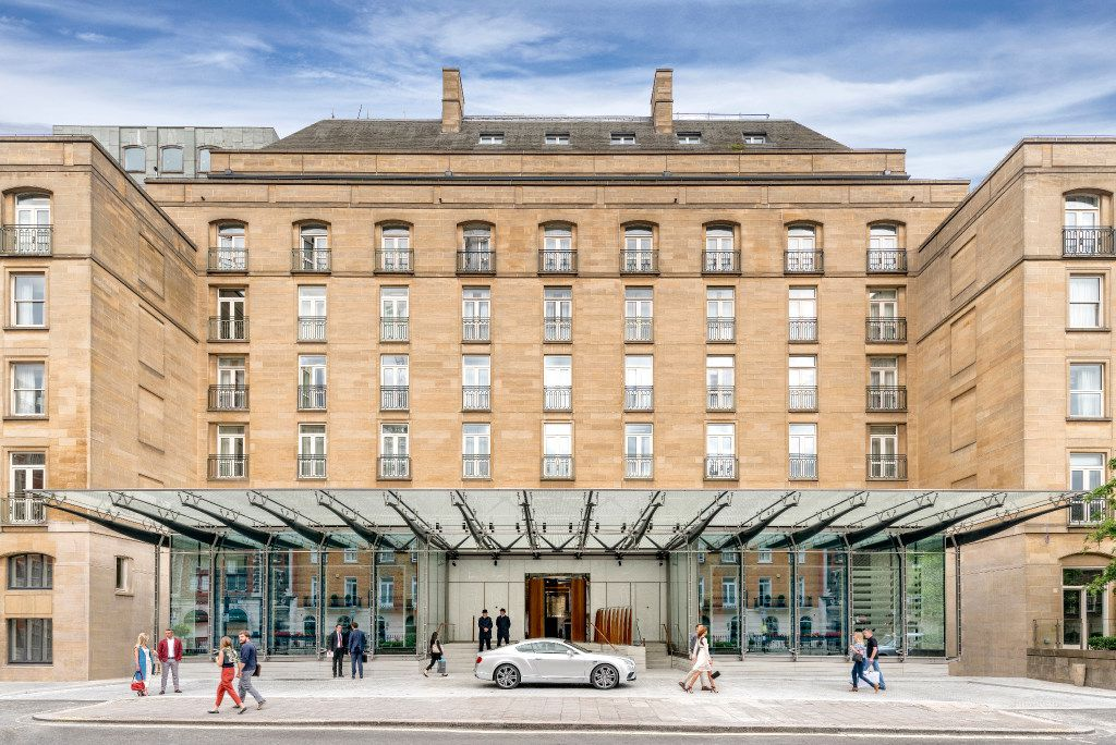 Architect Richard Rogers of Rogers Stirk Harbour + Partners has created a glassy new facade for The Berkeley hotel in London.