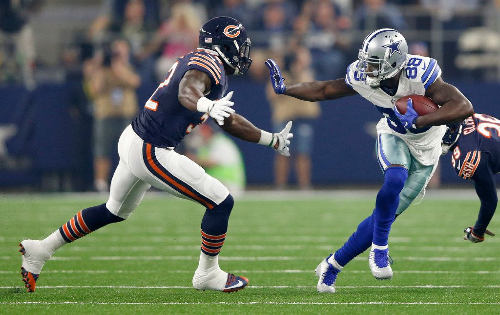 Dallas Cowboys wide receiver Dez Bryant (88) looks to brace for Chicago Bears inside linebacker Christian Jones (52) after breaking away from Chicago Bears cornerback Jacoby Glenn (39) on a pass play during the first quarter of play at AT&T Stadium in Arlington on Sunday, September 25, 2016. (Vernon Bryant/The Dallas Morning News)