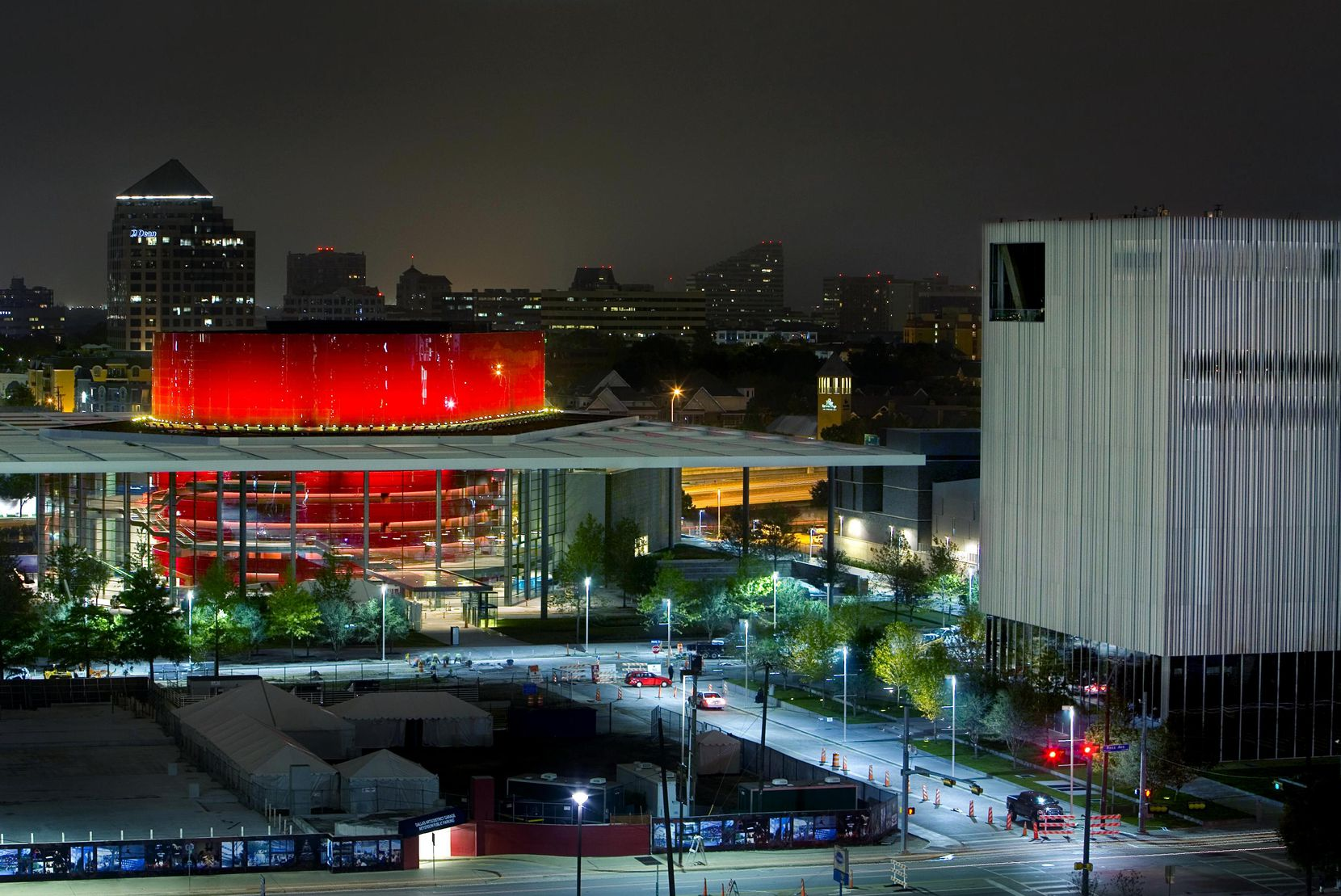Foster + Partners designed the Margot and Bill Winspear Opera House with its red drum-shaped performance hall in downtown Dallas. (Tom Fox/Staff Photographer)