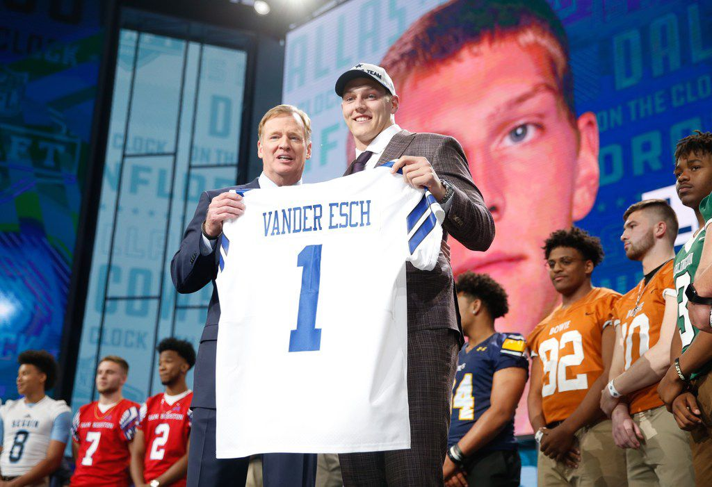 Dallas Cowboys pick Leighton Vander esch during the first round of the NFL Draft at AT&T Stadium in Arlington, Texas, Thursday, April 26, 2018. (Jae S. Lee/The Dallas Morning News)