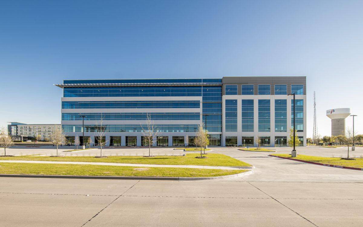 Hewlett Packard has leased more than 100,000 square feet in the Platinum Park office building in Plano.