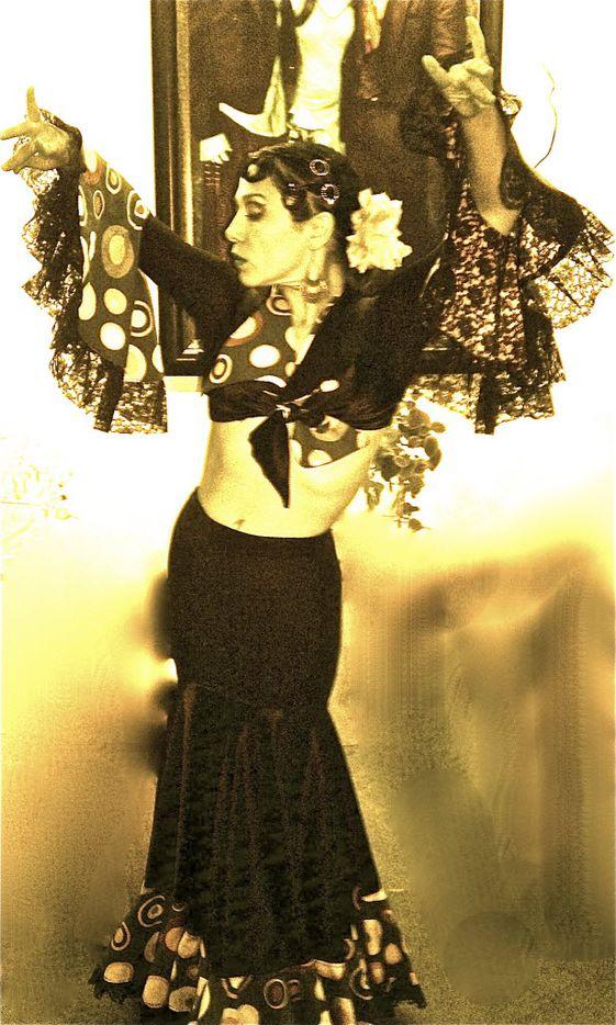 Delilah Buitrón in Ochre House Theater's Perro y Sangre.