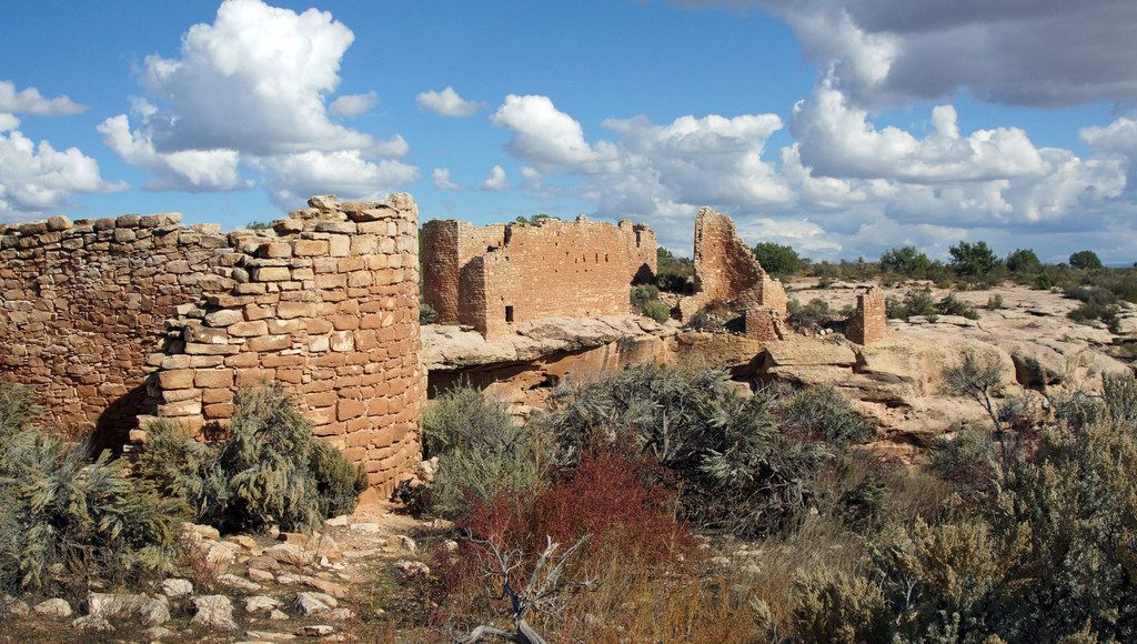 Hovenweep National Monument is located in southwestern Colorado and southeastern Utah, between Cortez, Colo., and Blanding, Utah, on the Cajon Mesa of the Great Sage Plain.