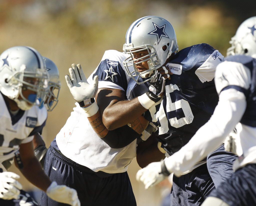 Dallas Cowboys nose tackle Junior Siavii (95) rushes the passer during afternoon practice at training camp in Oxnard, California, on August 24, 2010.  (Michael Ainsworth/The Dallas Morning News)