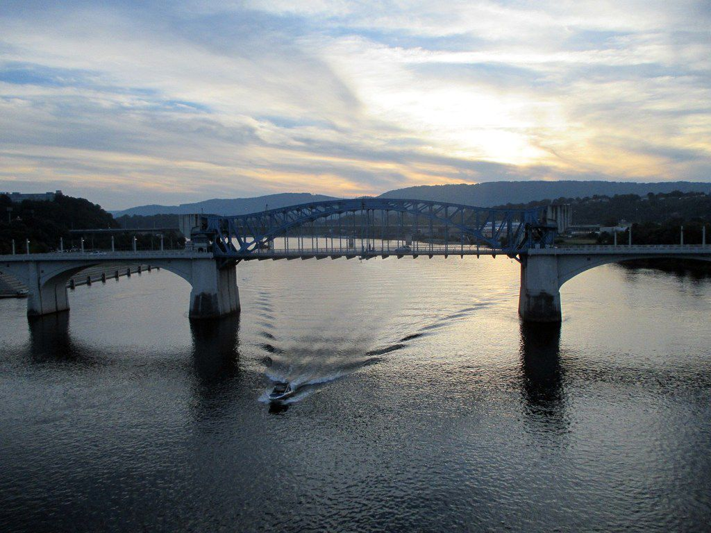 Have fun playing on or beside the Tennessee River, which runs through downtown Chattanooga.