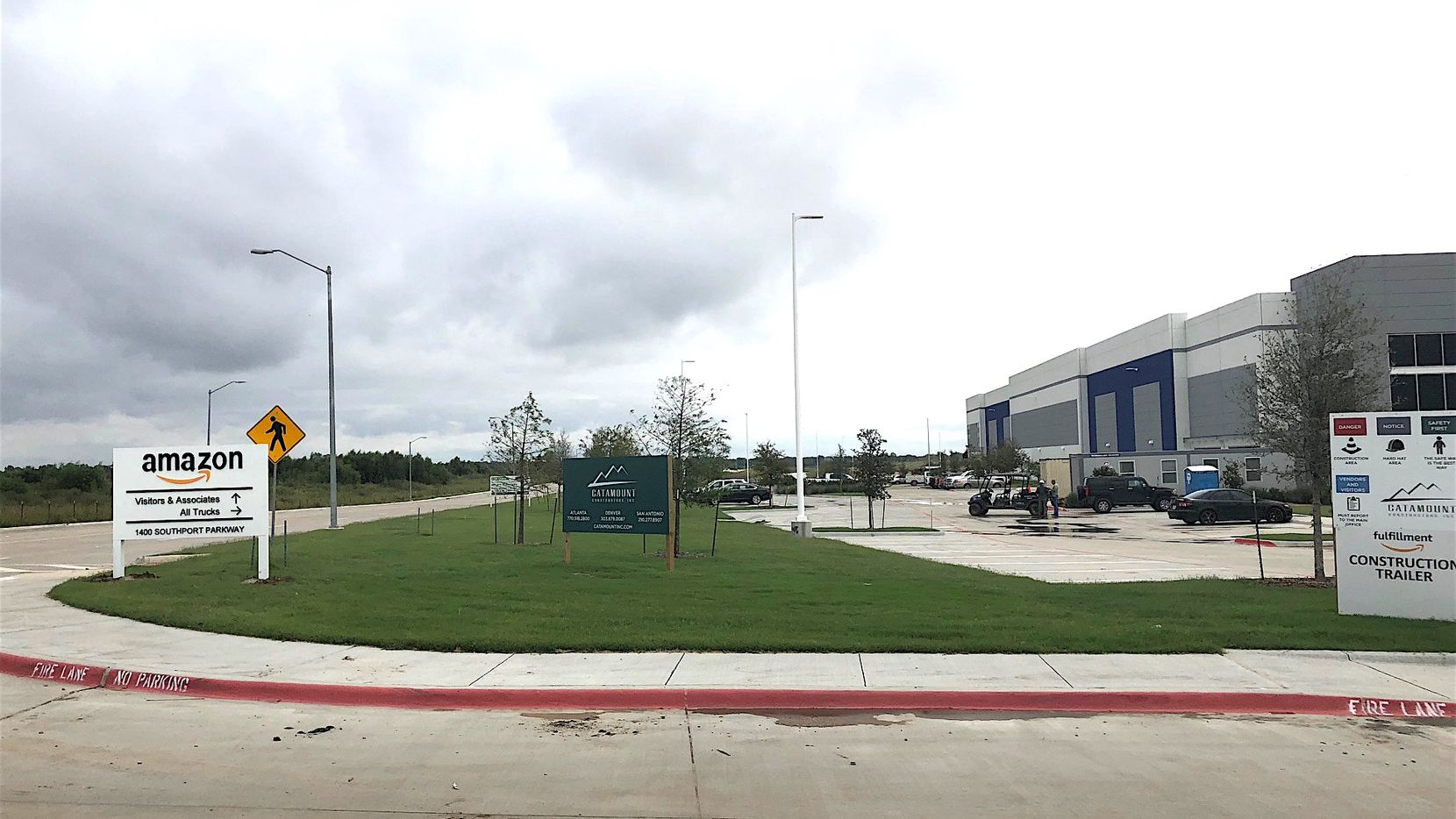 Amazon has leased more than 1 million square feet near I-45 in Wilmer for another huge shipping hub.