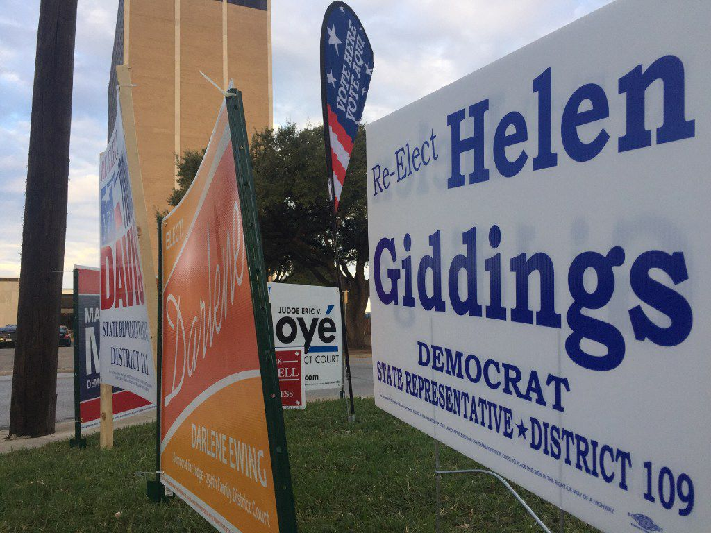 Early voting signs at the Dallas County Government Center, Precinct 5, in Oak Cliff early Monday morning in on Beckley Ave and Twelfth St in Oak Cliff.  Today is the start of early voting. (Irwin Thompson/Dallas Morning News)