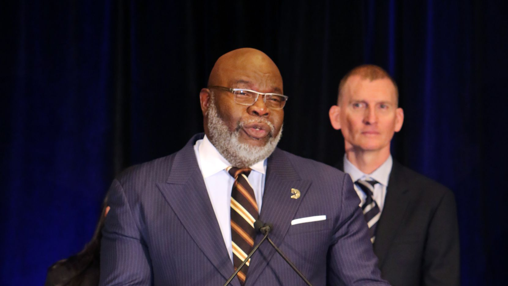 Bishop T.D. Jakes and city officials kick off the countdown to megafest, the four-day festival of family, faith and film.