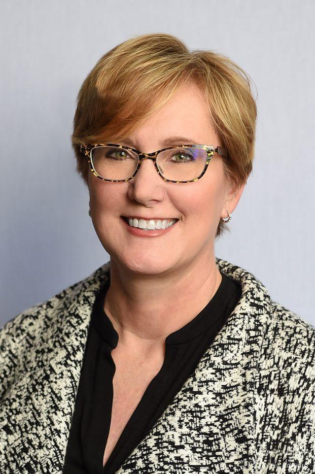 Carter Financial Management named Becky Bell president.